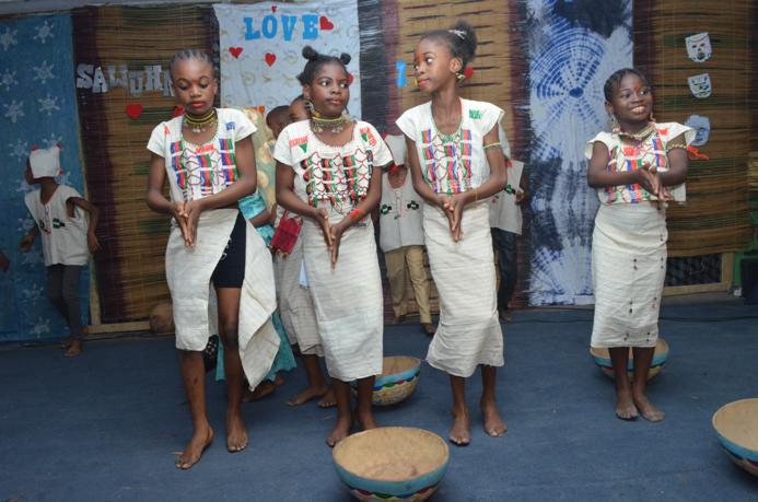 HAUSA DANCE GROUP