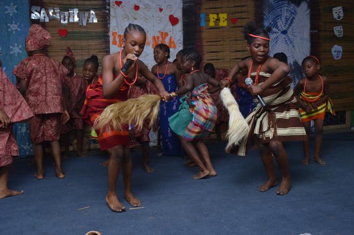 YORUBA DANCE GROUP
